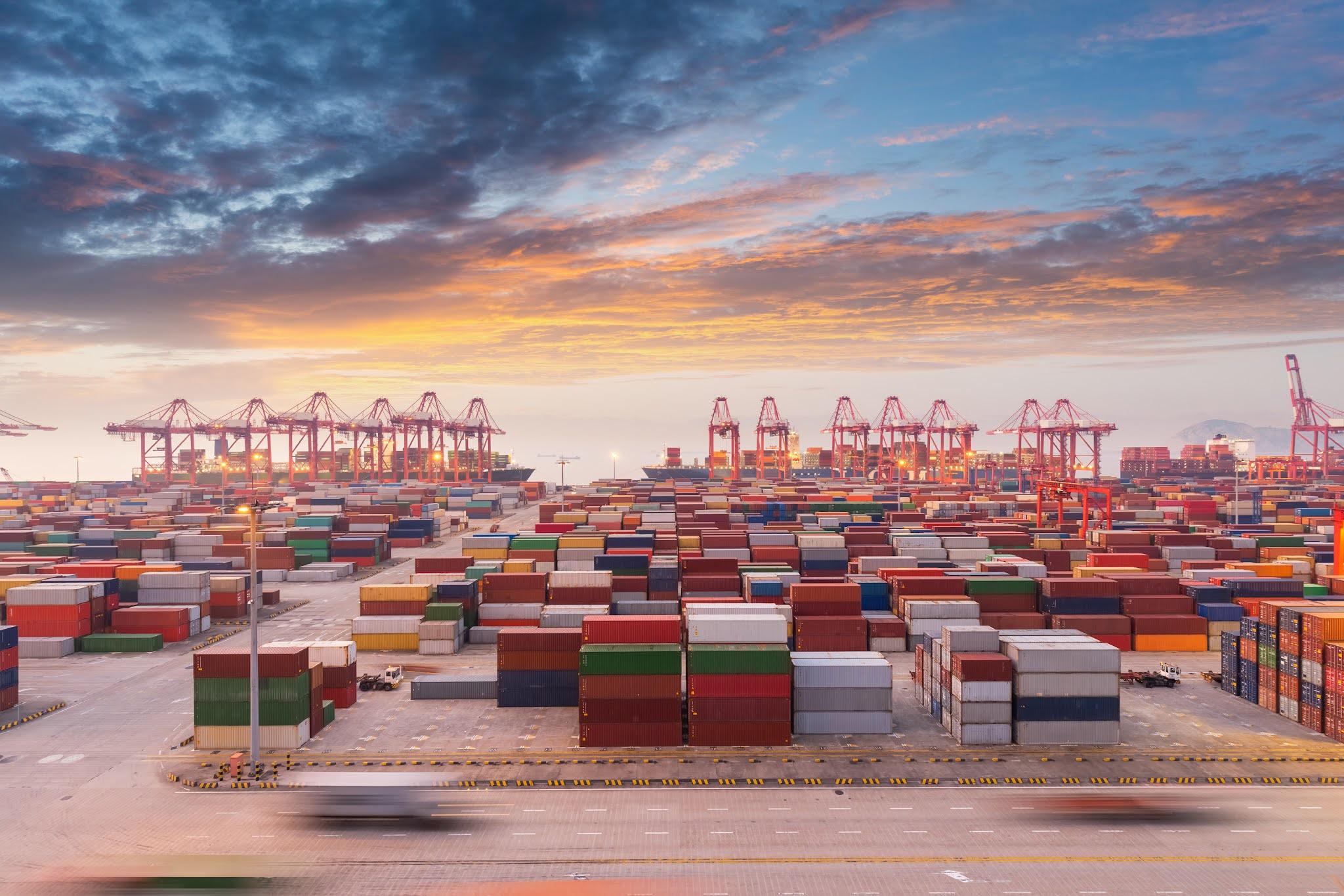 نمو حجم التجارة الثنائية الإماراتية UAE البحرينية في الربع الثاني بنسبة 75 في المئة