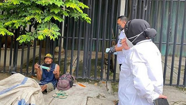 Dinsos Jakpus: Pemulung Itu Cari Botol Bekas Berkeliling, Kalau Nongkrong di Jalan Sudirman Itu Modus
