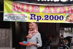 Kisah Pilu Dibalik Mie Ayam Rp2000