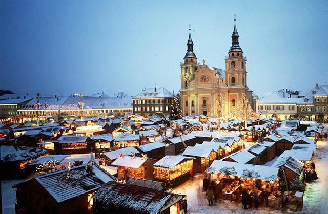 Tradicionais feiras natalinas em Berlim em novembro