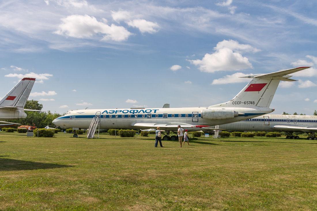 Самолёт Ту-134