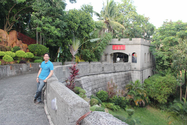 Renz Cheng in Philippine Taoist Temple of Cebu