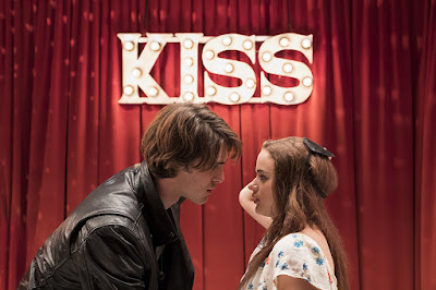 The Kissing Booth Joey King and Jacob Elordi Image 1
