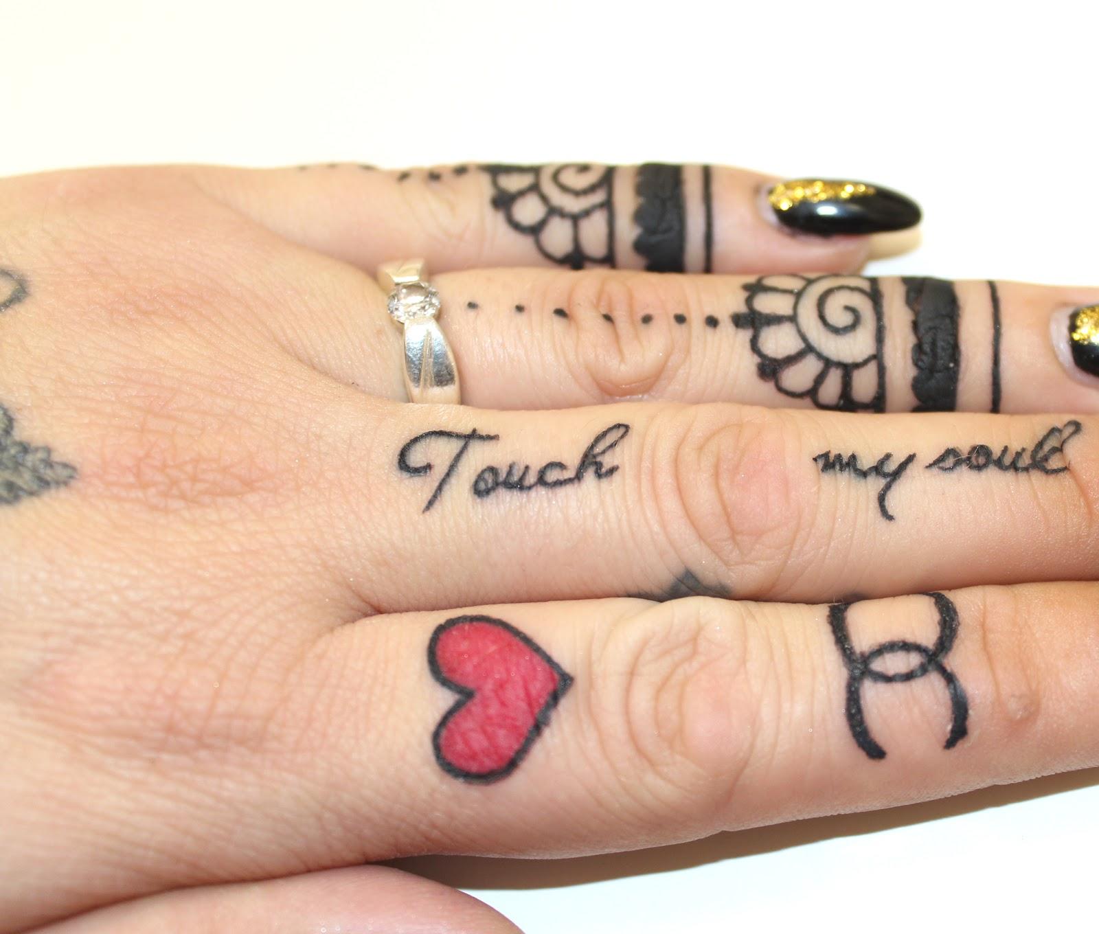 Tattoo Pflege mit dem Tyrosur Wundheilgel   Gewinnspiel - Parisiangirl - Tattoo Pflege Bepanthen