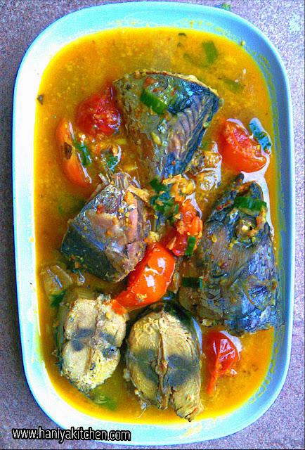 Resep Bumbu Kuning : resep, bumbu, kuning, Resep, Tongkol, Bumbu, Kuning, Gurih, Haniya, Kitchen