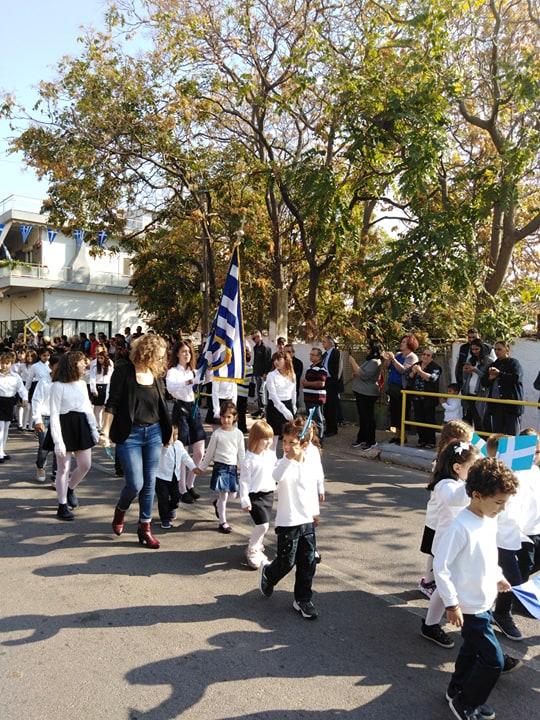 Η παρέλαση της 28ης Οκτωβρίου σε Καστέλλα και Ψαχνά (φωτό) 74387412 1012949742392308 3401214945646346240 n