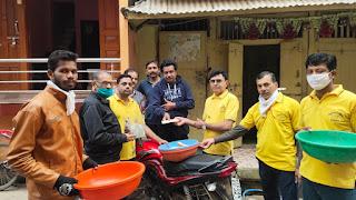 गोकुलधाम सोसाइटी समिति की पहल पर गौ माता के लिए दान एकत्रित करने नगर में निकला रथ