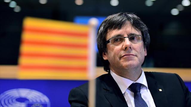 """""""Los catalanes piden el referéndum y no una autonomía"""""""