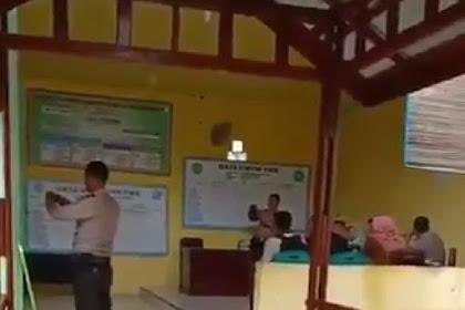"Viral Video Polisi Ajak Warga Teriak ""Jokowi Yes Yes Yes"""