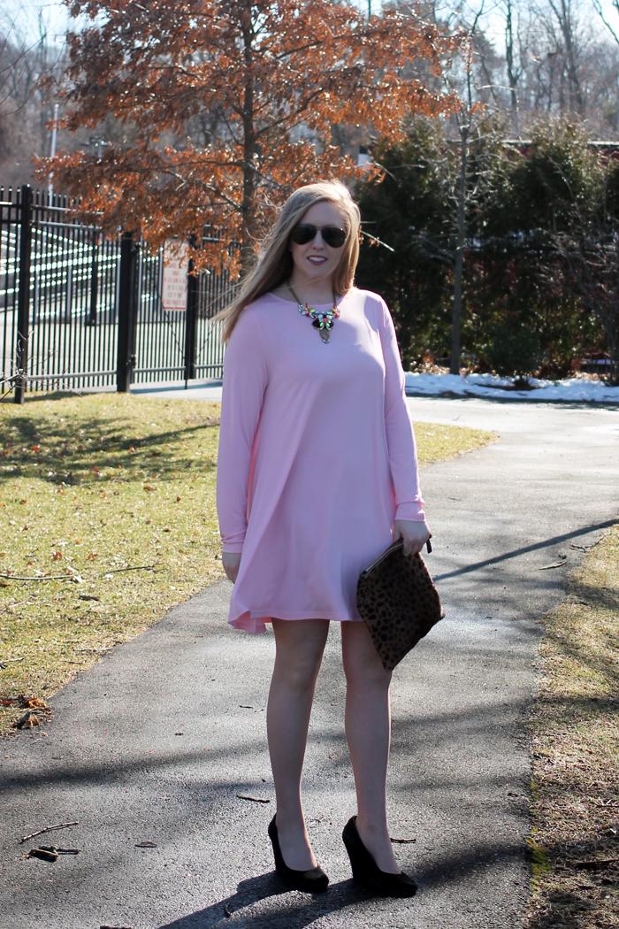 nordstrom glamorous shift dress, nordstrom savvy dress, nordstrom pink dress, pink shift dress, perfect pink dress, boston blogger, boston fashion blogger, boston style blog, style-blueprint blog, j.crew factory statement necklace, clare v. fold-over clutch, leopard clutch, leopard fold-over clutch