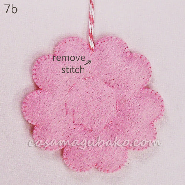 Felt Flower Tutorial - Ornament by casamagubako.com