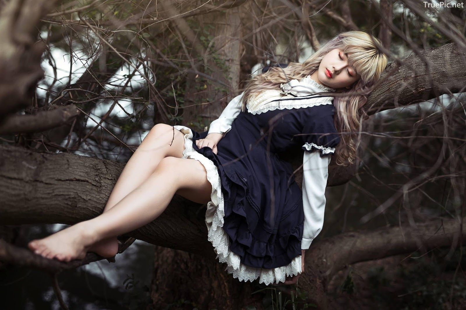 Thailand model - บวรรัตน์ มณีรัตน์ (Nia) - Lost in wonderland - Picture 1
