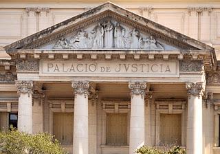 Defilippo c/ Parra y Peugeot Citröen - Confirma daño punitivo $ 25.000 - TSJ Córdoba