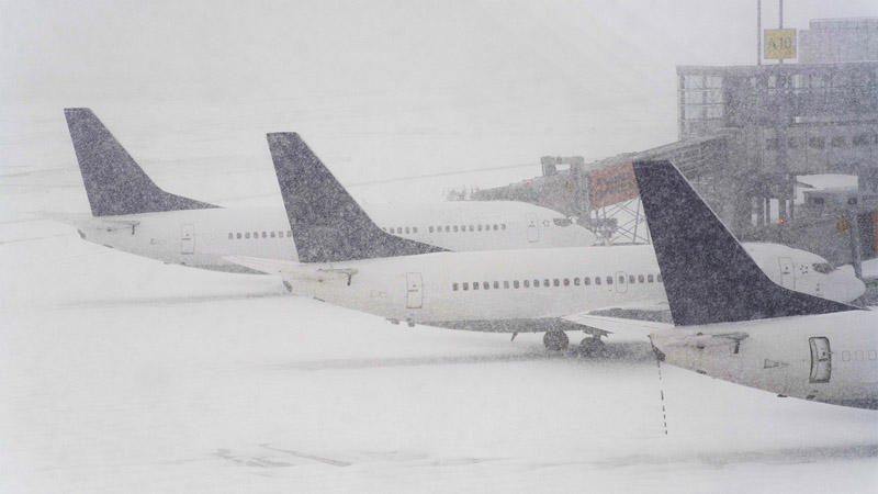 This Is Exactly How Cold It Has to Be to Keep a Plane from Flying