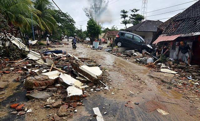 Sube a 495 el número de muertos por tsunami y erupción del Krakatoa