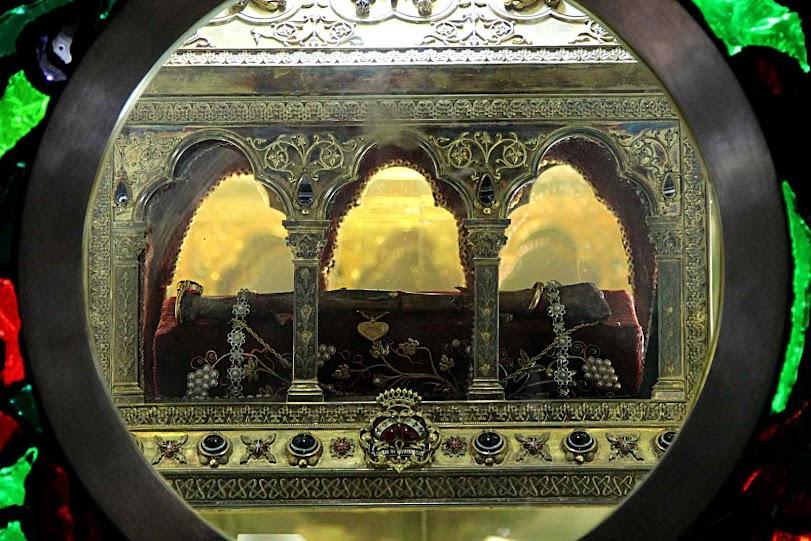 Relíquias de Santa Maria de Jesus Crucificado no Carmelo de Belén