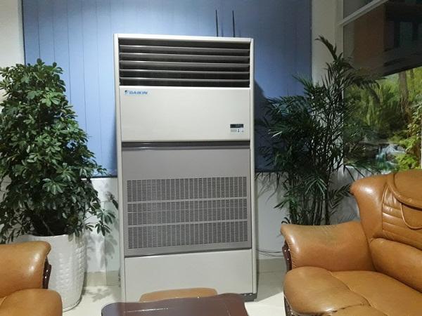 máy-lạnh-tủ-đứng-panasonic - Hệ thống chuyên phân phối giá đại lý cho Máy lạnh tủ đứng daikin cạnh tranh cao nhất M%25C3%25A1y%2Bl%25E1%25BA%25A1nh%2Bt%25E1%25BB%25A7%2B%25C4%2591%25E1%25BB%25A9ng%2BDAIKIN%2Bm%25E1%25BB%259Bi%2Bhi%25E1%25BB%2587n%2Bnay%2B1