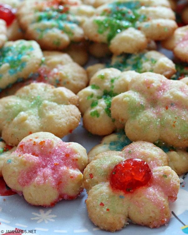 Betty Crocker Classic Spritz Cookies