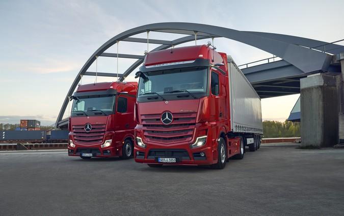 Mercedes-Benz apresenta Actros L com cabine mais completa e espaçosa