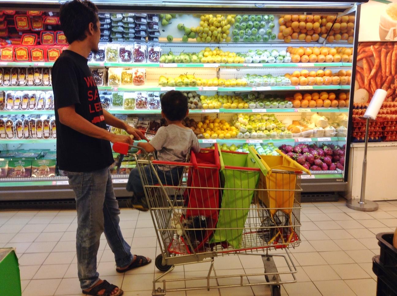 CeRiTa CHa 5 Alasan Kenapa Saya Suka Belanja Di Carrefour