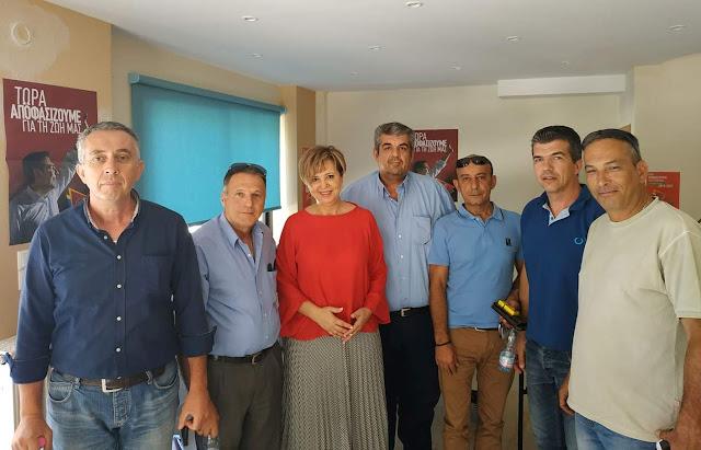 Με τους εκπροσώπους των TAXI Άρτας η Όλγα Γεροβασίλη