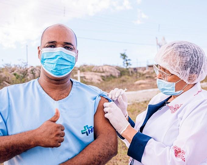 A campanha de vacinação Doses de Esperança continua hoje (20)