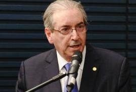 Conselho de Ética aprova cassação de Cunha e Justiça quebra sigilo e bloqueia bens