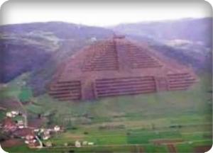 Pirámide en bosnia de 25.000 años de antiguedad - NOTICIAS NEWS