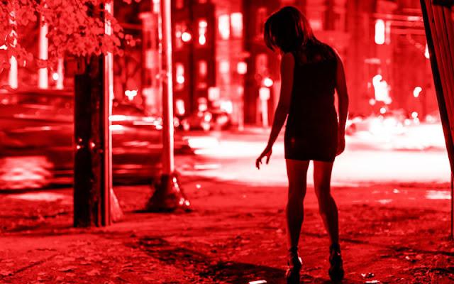 ऑनलाइन सेक्स रैकेट का भंडाफोड़, 5 गिरफ्तार - newsonfloor.com