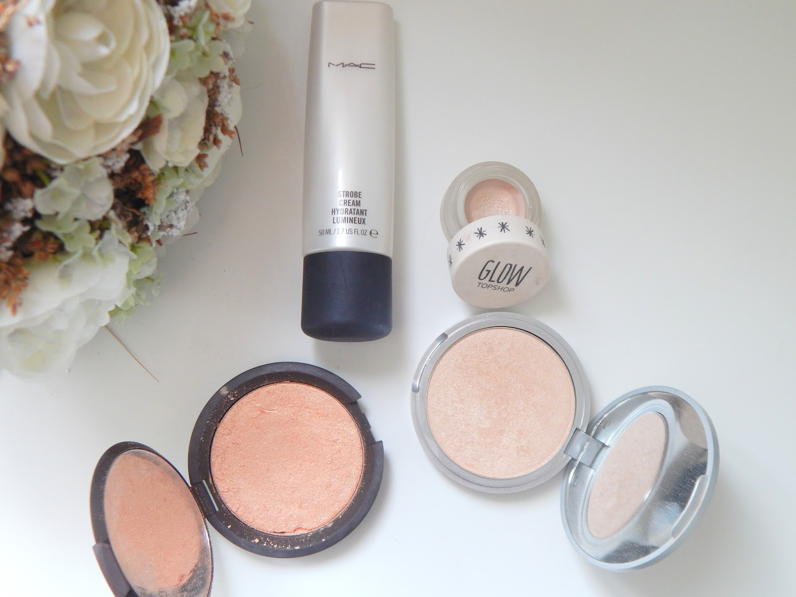 Inside The Makeup Drawers    Highlighters