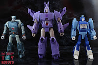 Transformers Kingdom Cyclonus 57