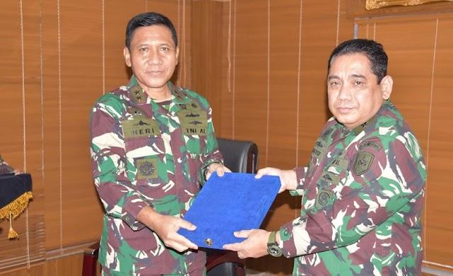Jabatan Pangkolinlamil Diserahkan Kepada Laksma TNI Abdul Rasyid K