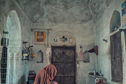 Cerpen : Rumah Tua Nenek Farida
