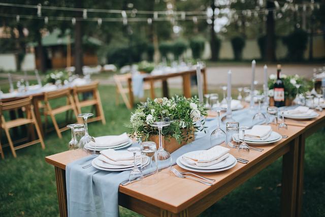 Tips Dekorasi Meja Makan untuk Acara Pesta