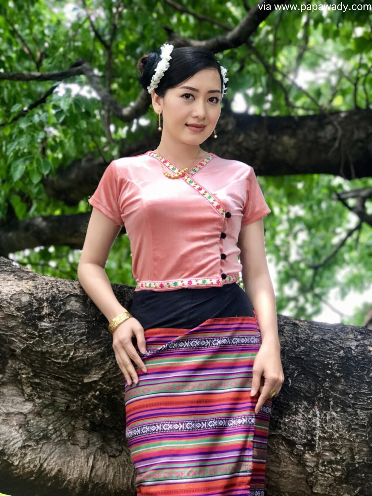 Myanmar Girl Naked Photo