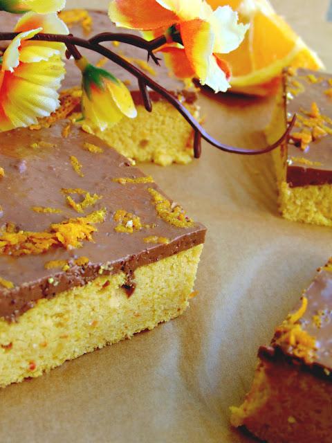 Ciasto pomarańczowo-dyniowe z pianką czekoladową