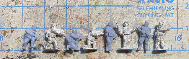 28mm modern French Foreign Legion from Eureka and JJG Print 3D: Size Comparison