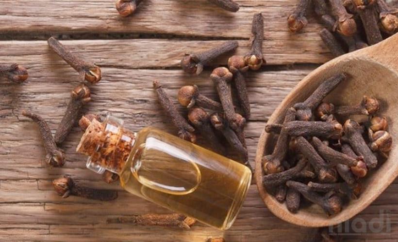 cara membuat minyak cengkeh, harga minyak cengkeh, khasiat minyak cengkeh untuk pria, efek samping minyak cengkeh, minyak cengkeh cap gajah, minyak cengkeh untuk sakit gigi anak, minyak cengkeh cap kakak tua, minyak cengkeh untuk sakit gigi ibu hamil