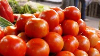 Medios nacionales dan cuenta de una escandalosa y probable suba del tomate, hasta 200 pesos el kilo.