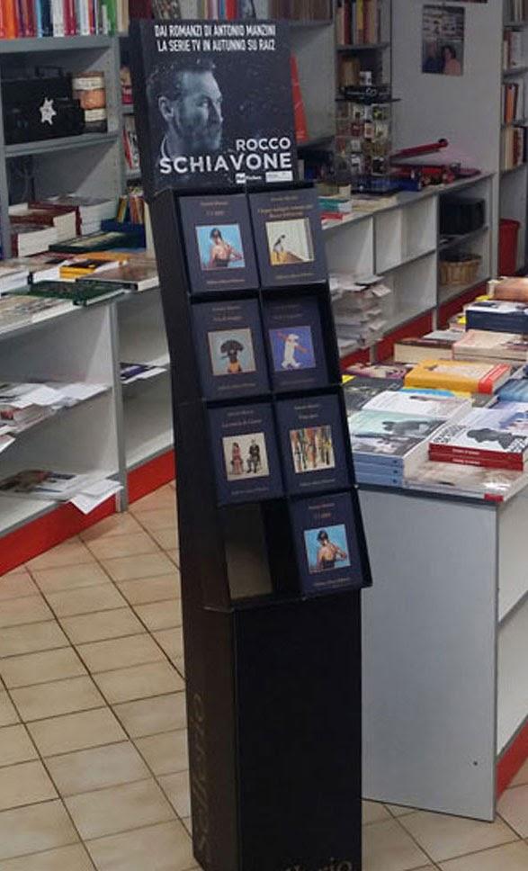 La Libreria Pellicanolibri promuove Manzini, Sellerio