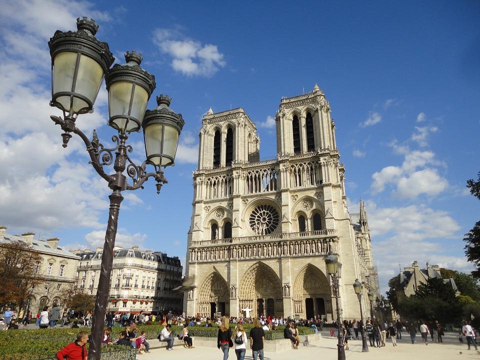 Notre-Dame Cathedral (Cathedrale de Notre Dame de Paris)