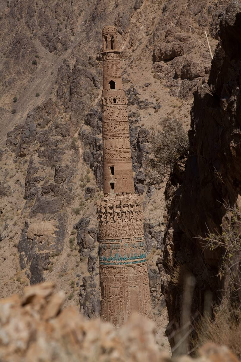 The Minaret of Jam used to be connected with the mosque and palace of the underground tunnel located on the other side of the river Harirud.