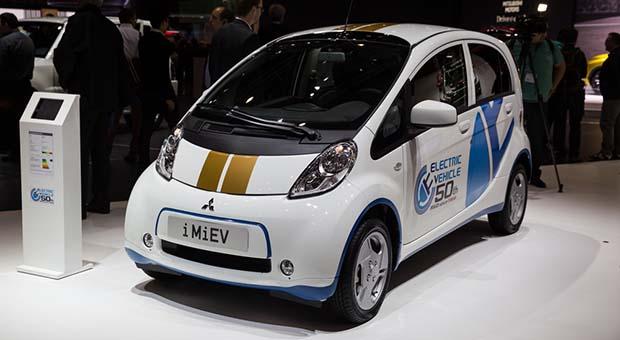 Mitsubishi Layani Pembelian Mobil listrik dari Seluruh Indonesia