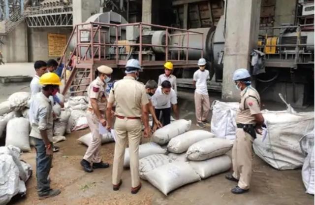 पुलिस ने जब्त किया 9 करोड़ का गांजा, चरस और डोडा चूरा, सीमेंट फैक्टरी के बायलर में सभी को जलाया