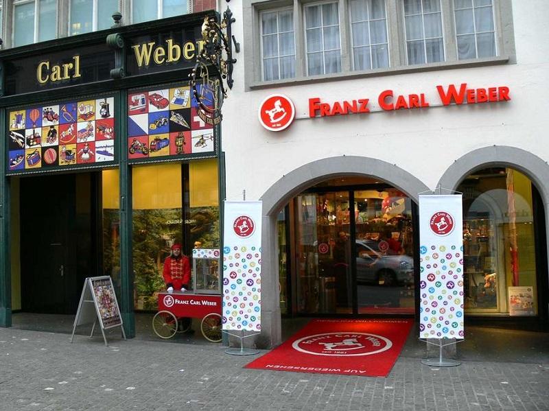 176e0ea516a Compras em lojas de brinquedos em Zurique