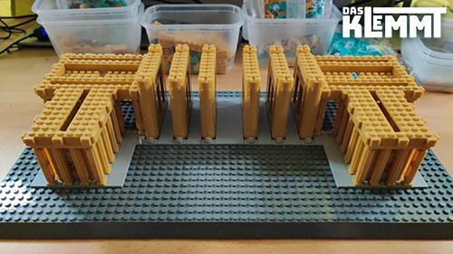 Plates stabilisieren die Säulen