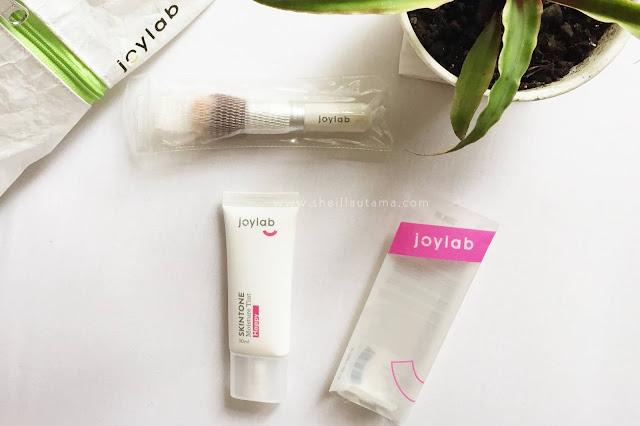 Review Joylab Skintone Moisture Tint
