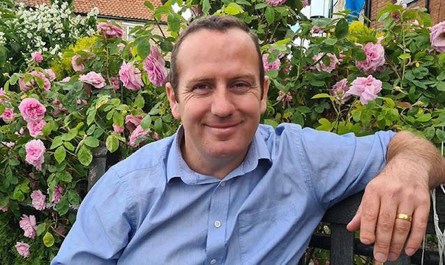 Pregador de rua preso na Inglaterra é indenizado por violação da liberdade de expressão