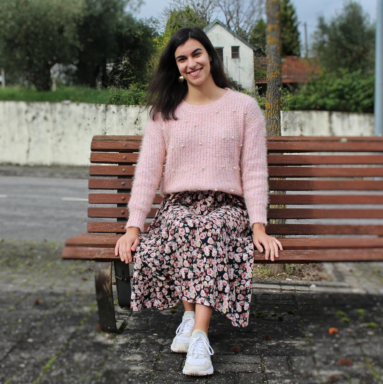 Outfit: Vestido Midi & Sweater