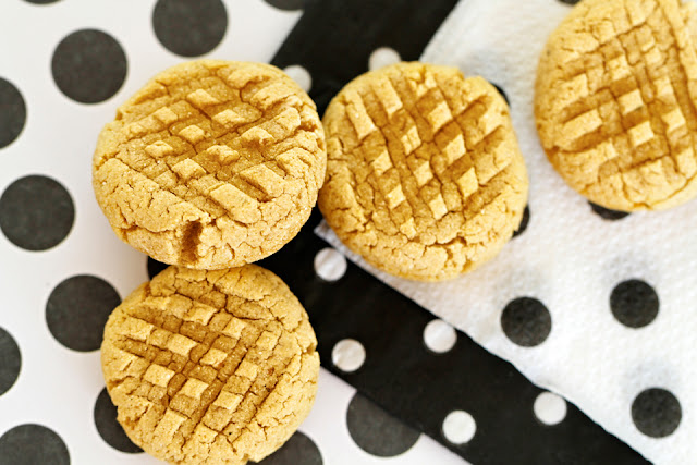Homemade banana peanut butter cookie dog treats